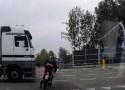 Skuter kontra ci�ar�wka - nier�wne starcie na polskiej drodze
