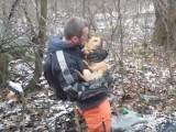 offroadowcy ratuja psa z