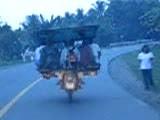 Niewiarygodna jazda motocyklem
