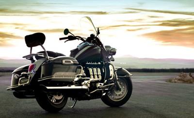 Triumph Rocket III touring