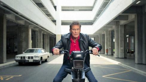 Knight Rider powraca! David Hasselhoff w najgłupszym pościgu, jaki widzieliście! [FILM]