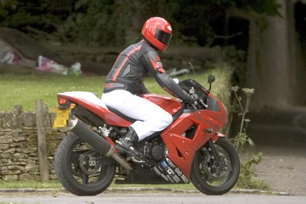 Książęta William i Harry na rajdzie motocyklowym