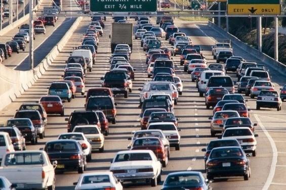 Korki w miastach - drogi na skróty nie będzie
