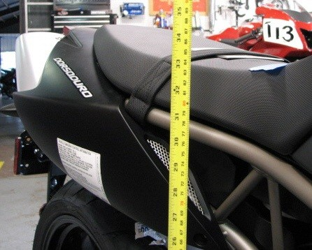 Motocykle dla niskich - całą stopą na ziemi