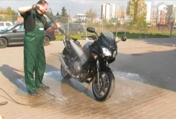 Mycie motocykla - jak robić to poprawnie?