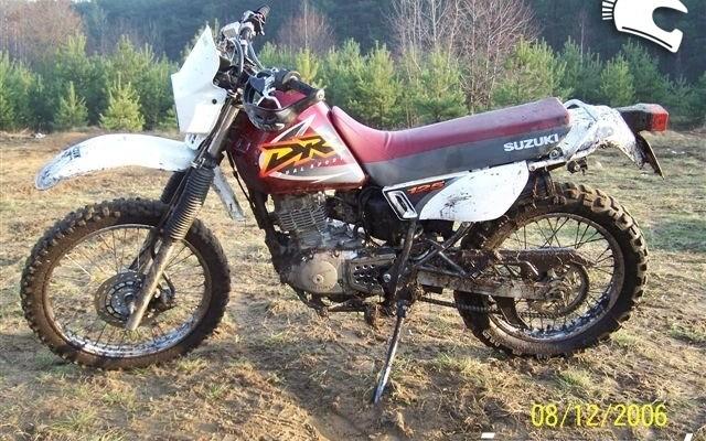 Suzuki DR 125 00 - nasz test