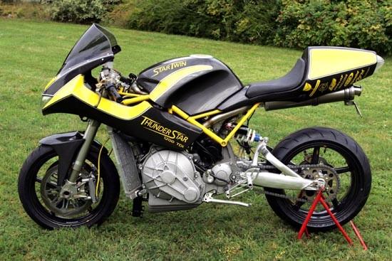 Sportowy motocykl z silnikiem TDI