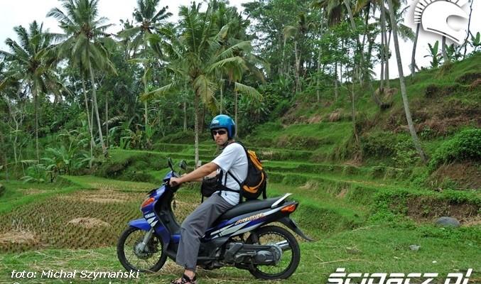 Skuterem po Bali