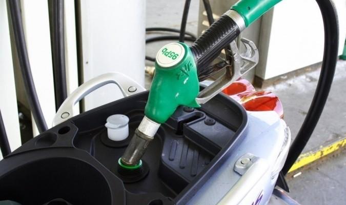 Etanol niszczy silniki - wojna o biokomponenty w paliwie