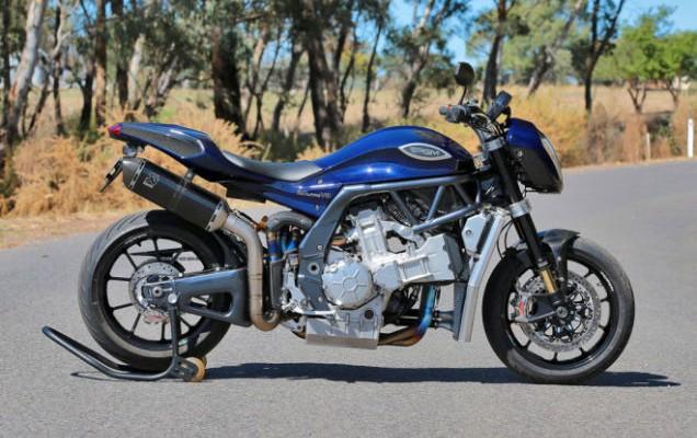 V8 i 334 konie w motocyklu!
