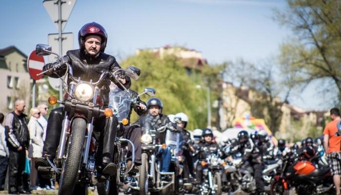 Kiedy rozpoczęcie sezonu motocyklowego 2020? [KALENDARZ, TERMINY IMPREZ]