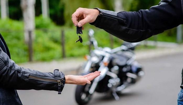 Sprzedaż motocykli w październiku. Gigantyczny wzrost Junaka, ale Japonia wciąż w czołówce