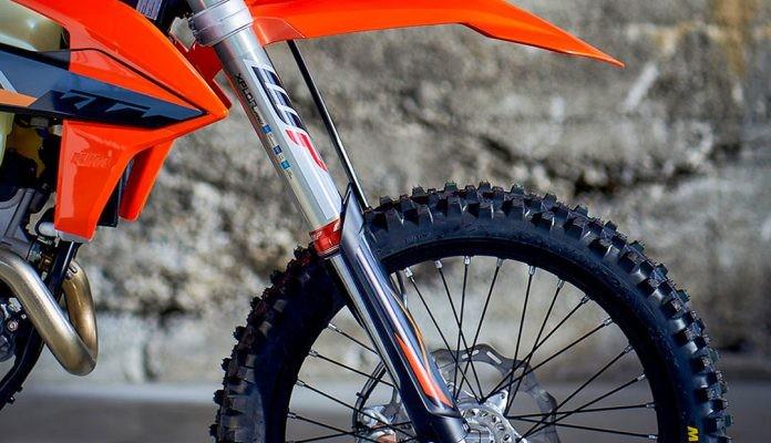 WP Xplor Pro 7448 air fork z