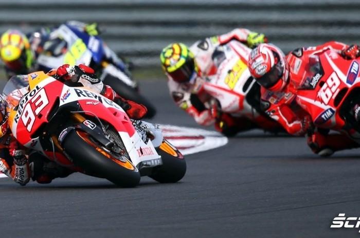 Wyscig Grand Prix Silvestone 2013