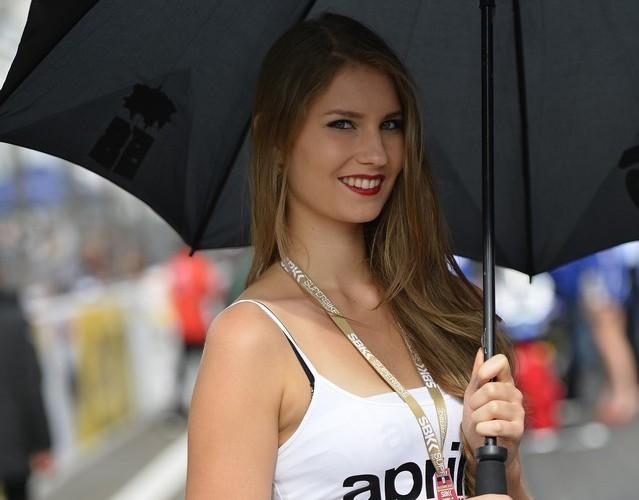 czarny parasol WSBK