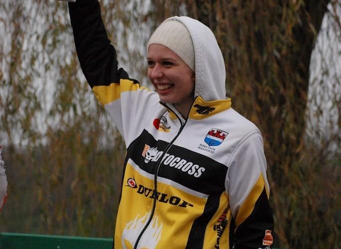 podium Maria Staniak miejsce 1 MX kobiet