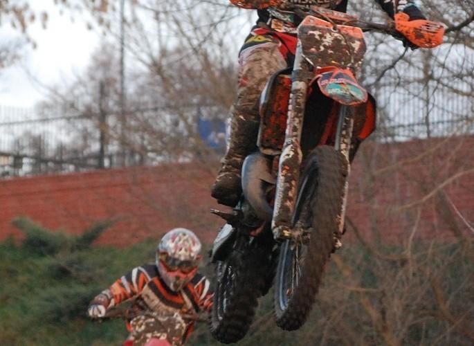 zawody motocrossowe
