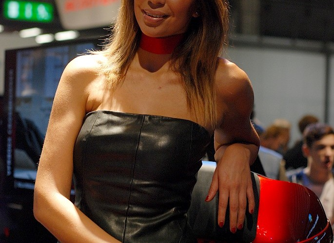 eicma 2014 hostessa