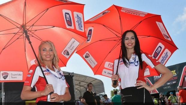 dziewczyny z parasolami girls sbk misano 2014
