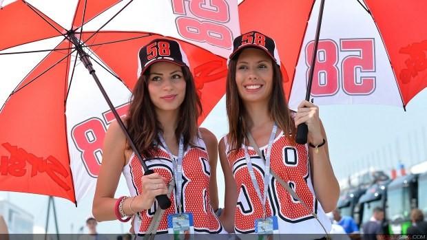 modelki z parasolkami girls sbk misano 2014