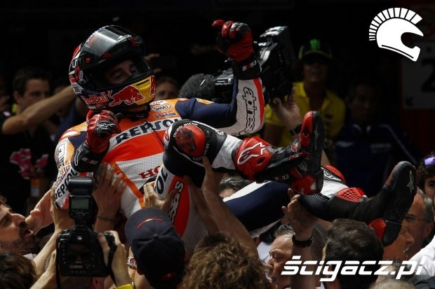 Swietowanie z teamem MotoGP Catalunya 2014