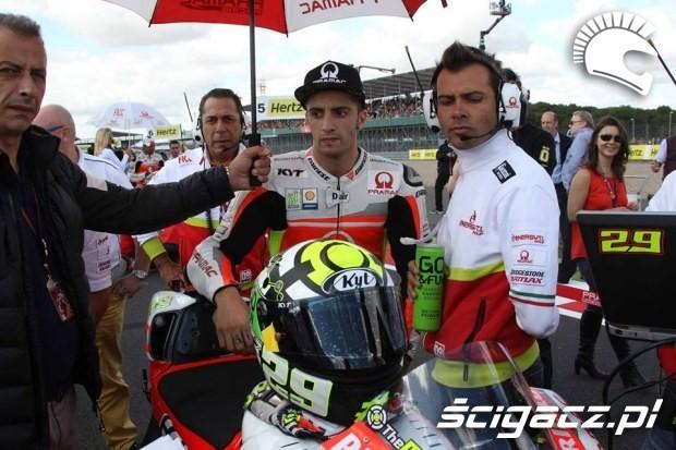 Iannone motogp silverstone 2014