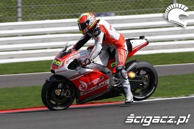 Yonny Hernandez motogp silverstone 2014