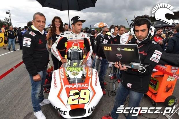 Andrea Iannone motogp brno 2014
