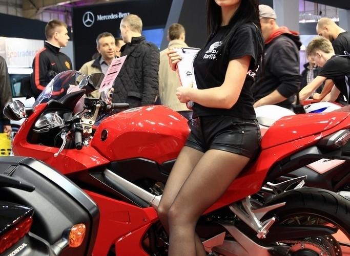 hostessa Yamaha