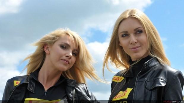Modelki Pirelli Paddock Girls Donington Park