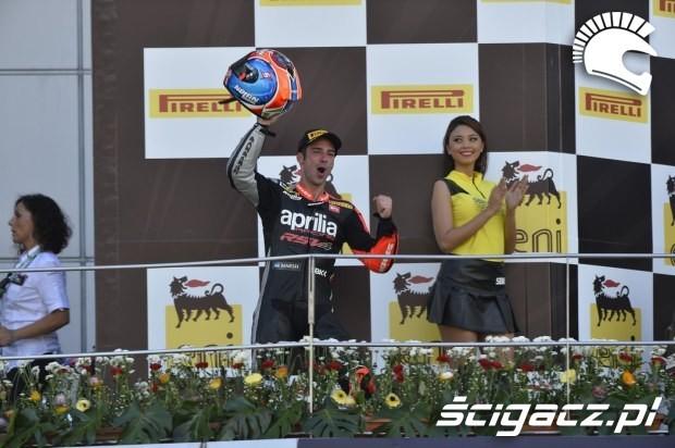 dziewczyna na podium paddock girls sepang 2014