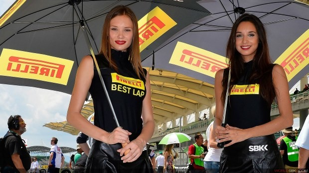 dziewczyny Pirelli paddock girls sepang 2014