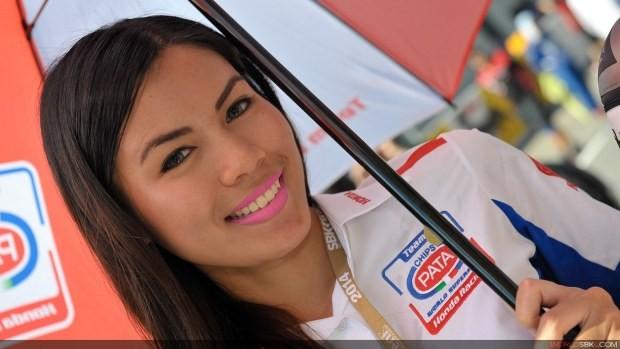 pata paddock girls sepang 2014