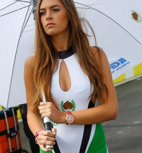 sliczna szatynka paddock girls silverstone 2014