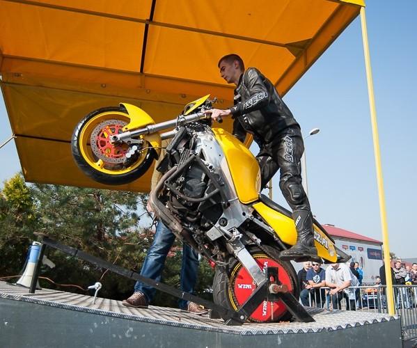 motocyklisci w tarnowie symulator jazdy n gumie
