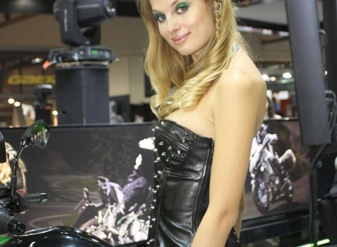 Blond EICMA 2015 Milan hostessy