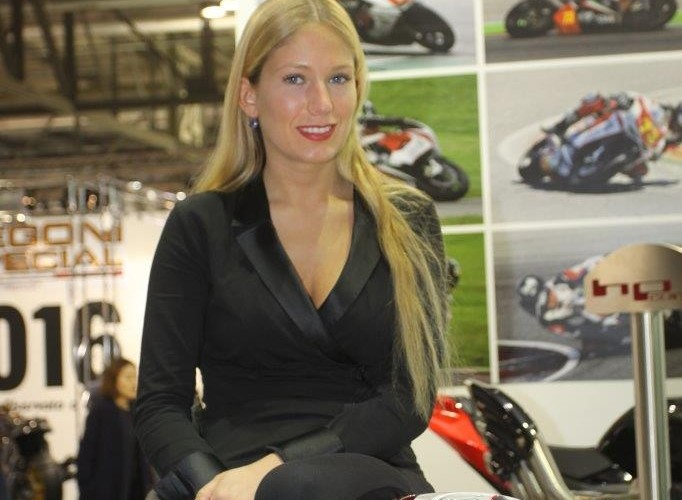 EICMA 2015 Milan hostessy MV