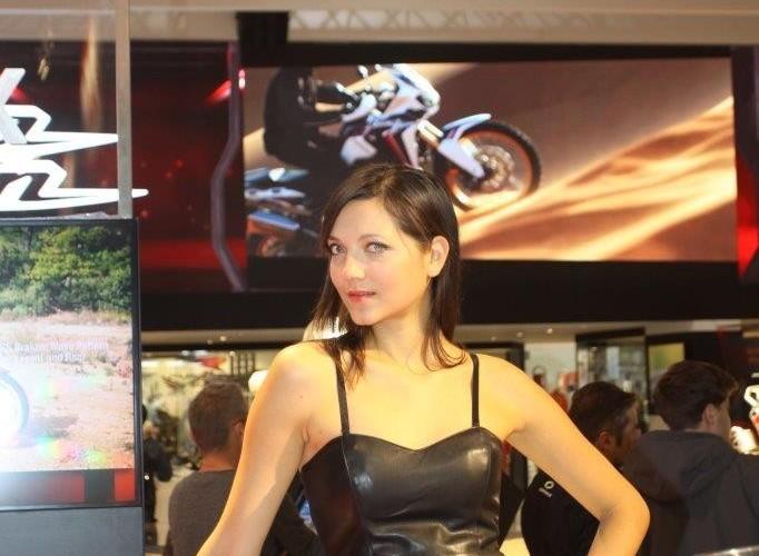 EICMA 2015 Milan hostessy NC