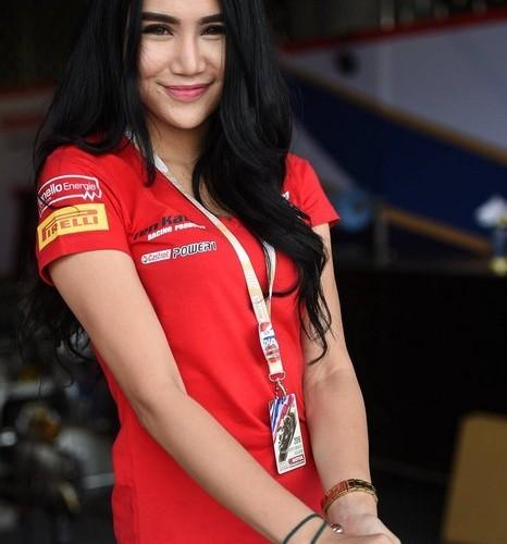dziewczyna z tajlandii