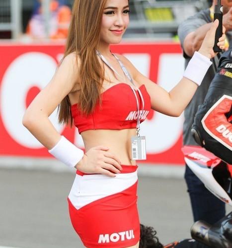 motul hostessa wsbk tajlandia