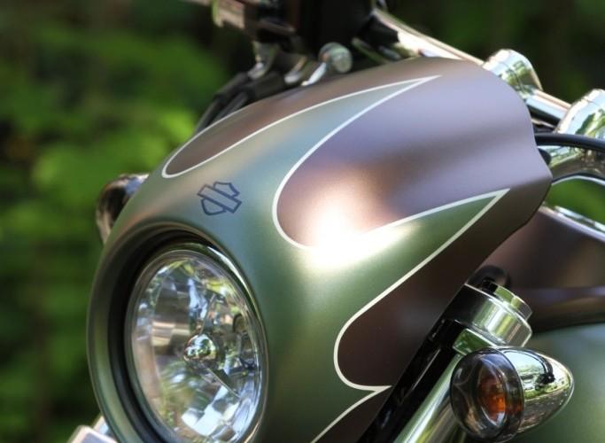 39 Harley Davidson Dyna Super Glide Custom reflekotr