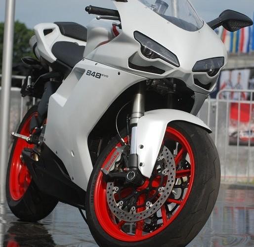 Ducati 848 z przodu