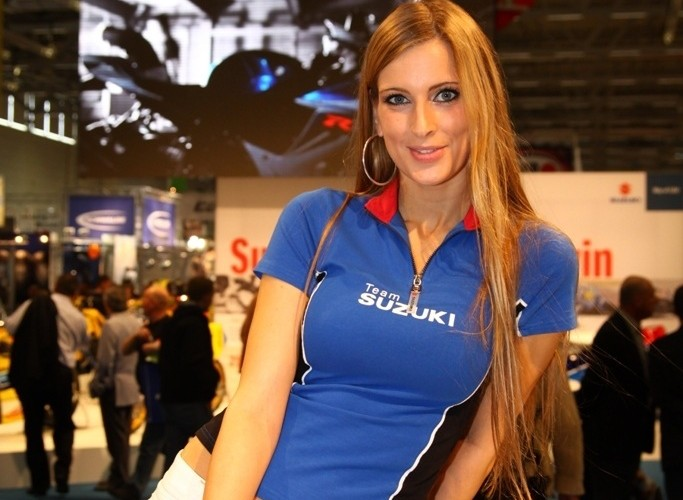 Suzuki hostessa intermot