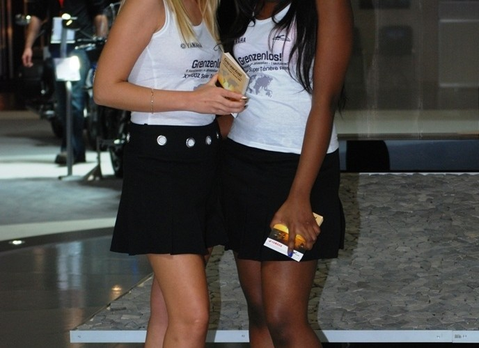 czarno biala harmonia Intermot 2010