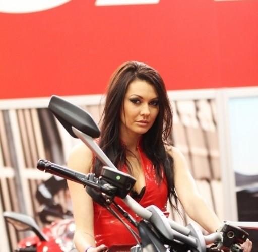 kobieta na diavelu III Ogolnopolska wystawa Motocykli i Skuterow