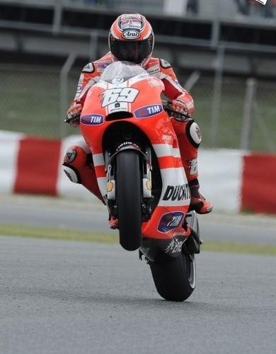 Hayden Wheelie Ducati Barcelona