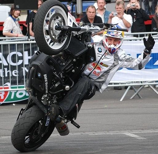 Pfeiffer stunt show Germany