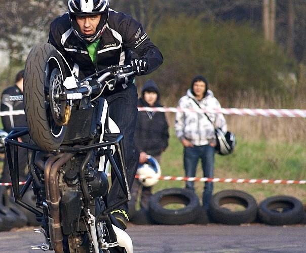 stunt wheelie