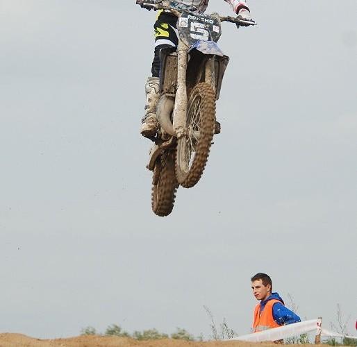 Adam Olczak skok na hopie