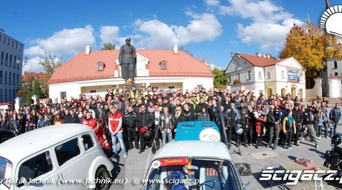 Podlaskie Zakonczenie Sezonu Motocylkowego 2010 Bialystok pamiatkowe zdjecie